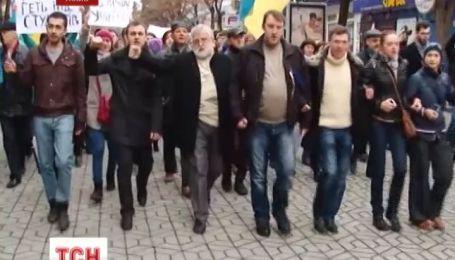 Всеобщую забастовку объявили во Львове, в Ивано-Франковске и Тернополе