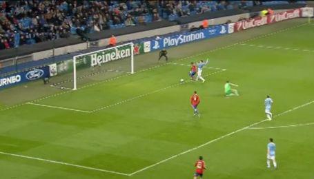Манчестер Сити - ЦСКА - 3:1. Видео гола Думбия