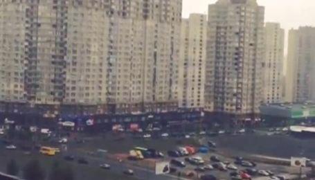 В Киеве увидели первый снег
