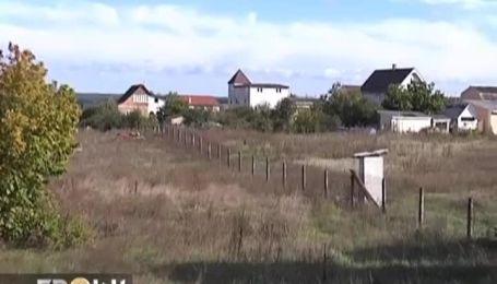 У священника УГКЦ отобрали храм, который он построил на кредит