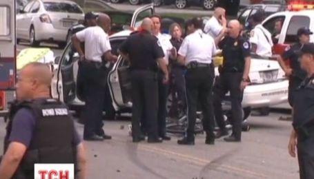 Американські правоохоронці встановили особу жінки, яка спровокувала стрілянину під Білим домом