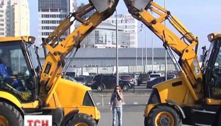В Киеве состоялось шоу экскаваторов