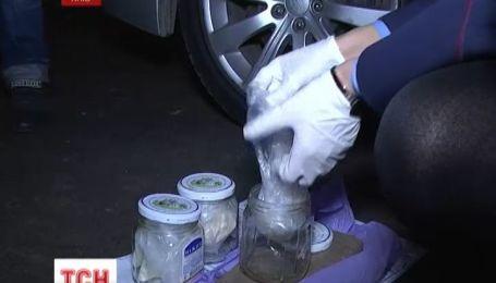 У Києві затримали крупну партію наркотиків з Росії