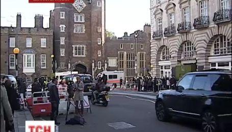 Крестины принца Джорджа стали главным событием для британцев