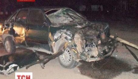 На Буковине водитель создал аварию, которая лишила жизни двух девушек
