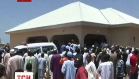 В Нігерії ісламські бойовики вночі вбили 50 сплячих студентів