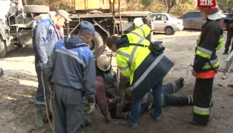 Во Львове нашли тело двухлетнего мальчика, который упал в канализационный люк