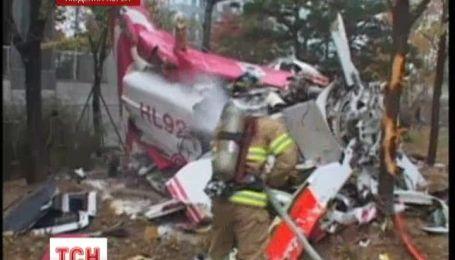 У Сеулі гелікоптер врізався у житловий будинок