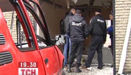 У Києві чоловік підірвався в автомобілі у власному гаражі