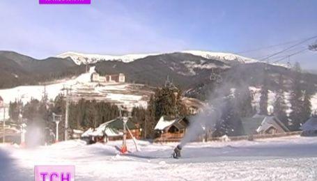 Туристичний комплекс «Буковель» цього тижня розпочинає лижний сезон