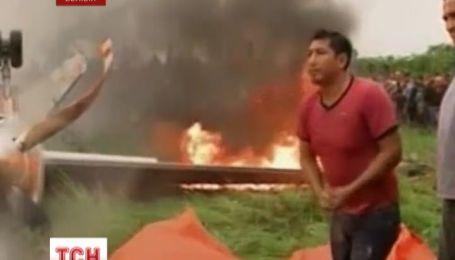 В Боливии разбился пассажирский самолет