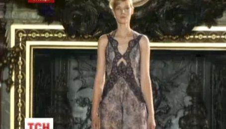 Стелла Маккартни представила новую летнюю коллекцию в Париже
