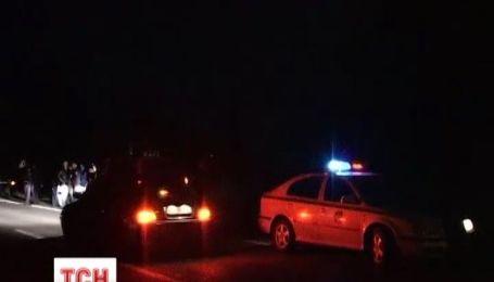В Ужгороде, после ночной погони, поймали наркодиллера