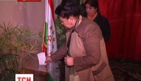 Президентские выборы начались в Таджикистане