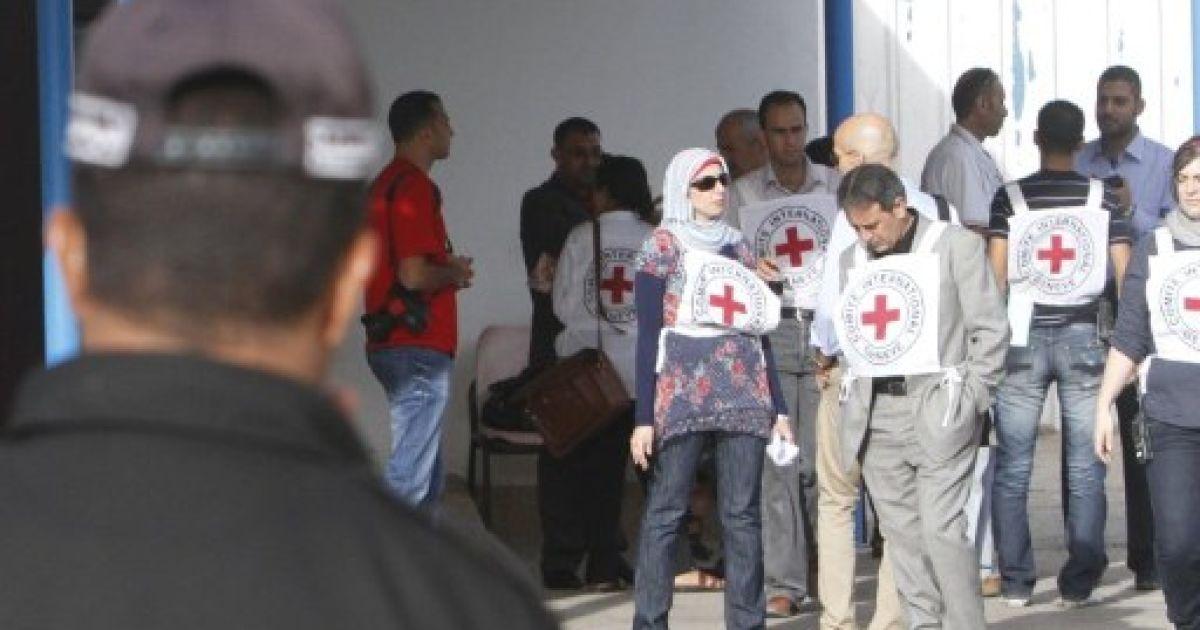 """Обмін палестинців на Шаліта. КПП """"Рафах"""" @ AFP"""