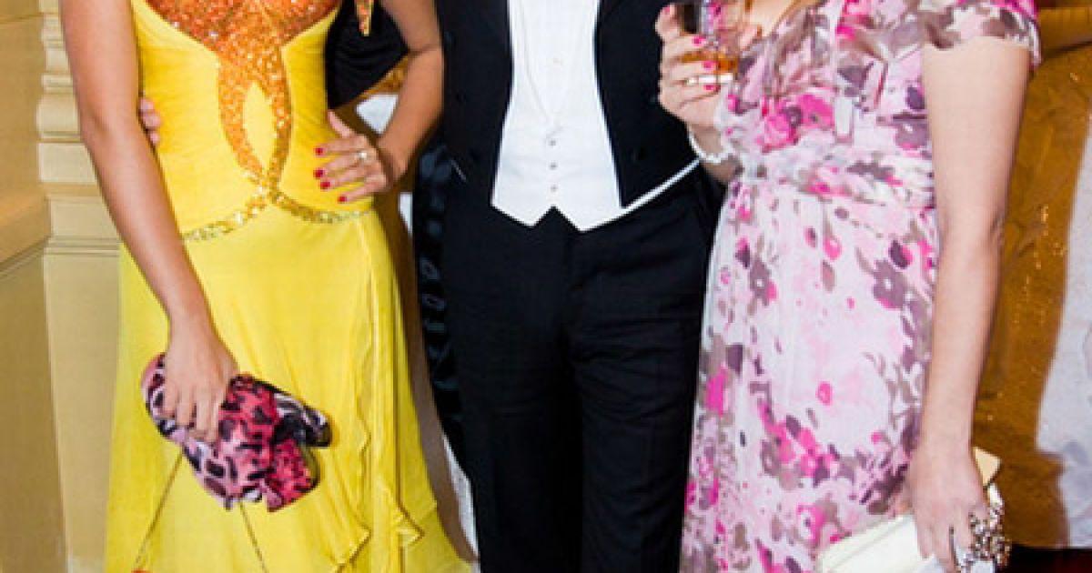 """""""Міс Україна-Всесвіт-2009"""" Христина Коц-Готліб з сестрою @ Main People"""