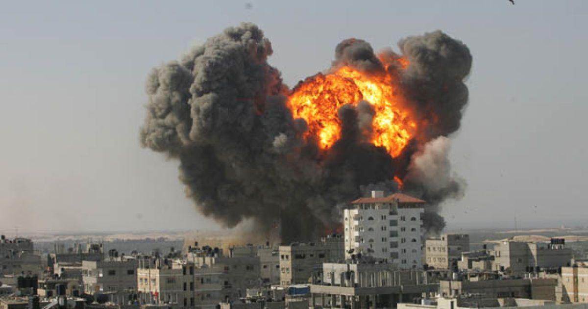 Израиль ответил ХАМАСу на запуск ракет ночными авиаударами по Газе