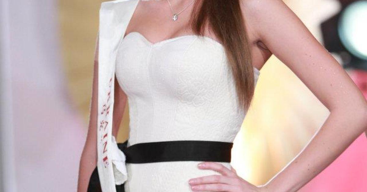 Українська красуня Ярослава Куряча @ facebook.com/MissWorld