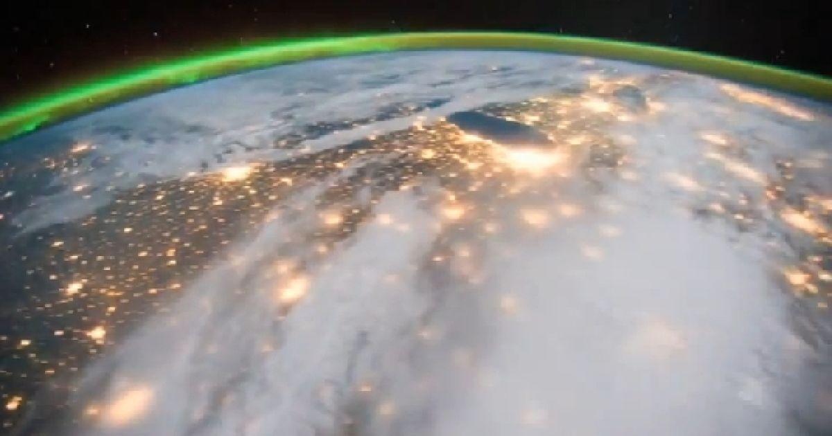 Як виглядає північне сяйво з космосу @ NASA