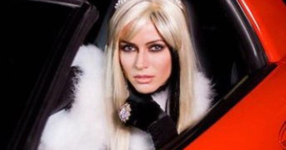Блондинка, яка влаштувала ДТП в Монако, виявилася українською співачкою РІ