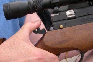 В Каховке мужчины устроили стрельбу во дворе частного дома, один из них погиб