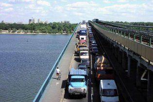 В киевских маршрутках говорят о перекрытии мостов