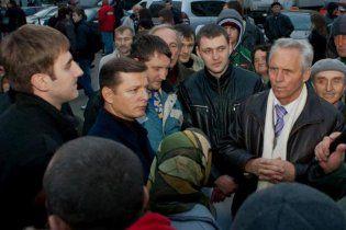 Авто соратниці Ляшка обстріляли на шляху в Донецьк