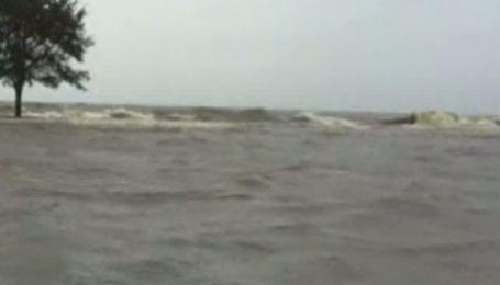 """Шторм """"Ли"""" заливает юг США, подтоплено Новый Орлеан"""