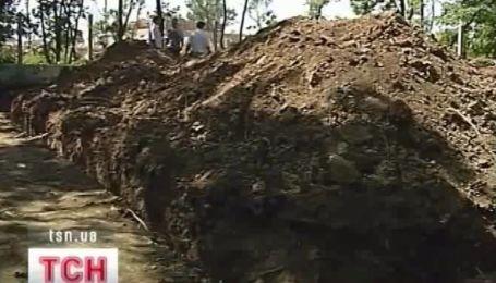 В Луганске уничтожили курган