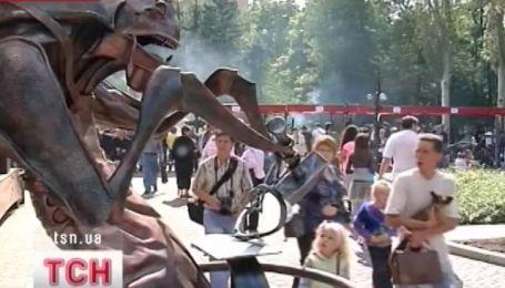 В Донецке сегодня ковали мистику