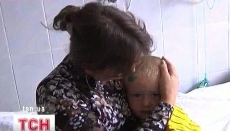 Двухлетний малыш упал в глубокий колодец