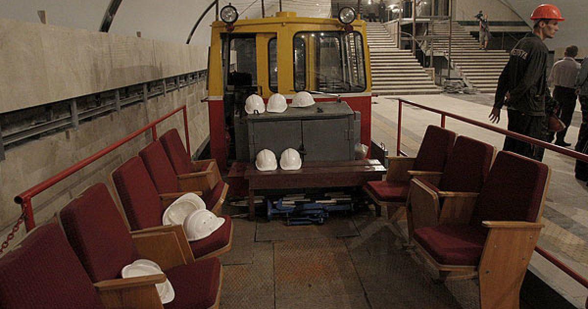 """КМДА купить 50 вагонів по 8 млн грн кожний, щоб запустити метро від """"Либідської"""" до Теремків. @ КМДА"""