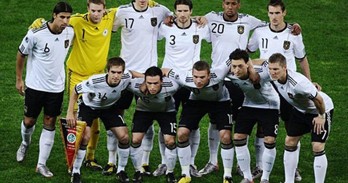 Передматчеве фото збірної Німеччини @ AFP