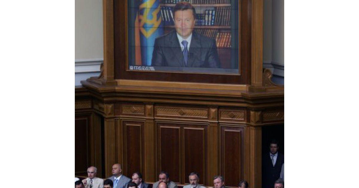 Поздравление Президента Украины Виктора Януковича по случаю двадцатой годовщины принятия декларации о государственном суверенитете Украины. @ УНІАН
