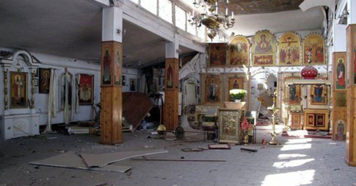 Вибух стався у храмі Покрови Пресвятої Богородиці, де на честь річниці Хрещення Русі зібралося чимало прочан. @ МНС