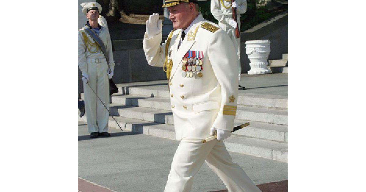 Цього року парад прийматимуть Володимир Путін та Юрій Лужков. @ PHL.com.ua