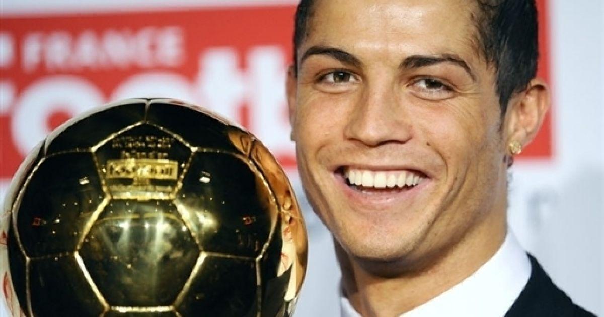 Криштиану роналду вручение золотого мяч 2008