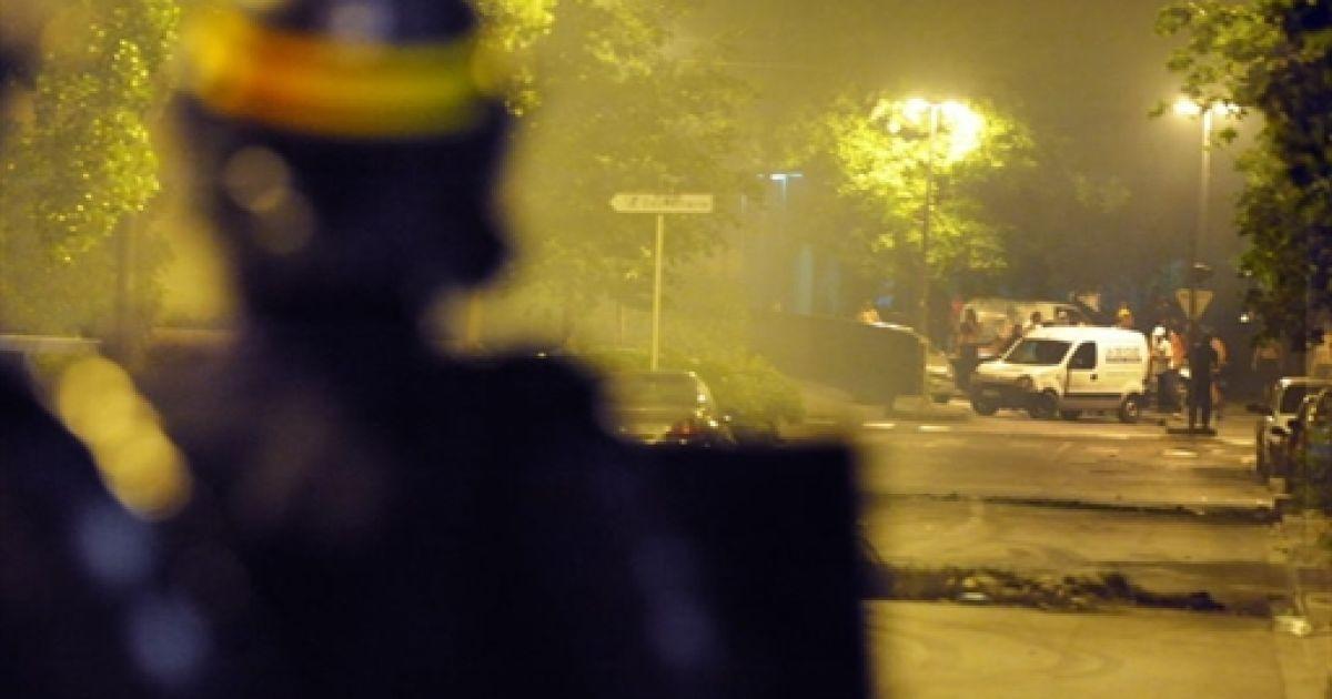 Погромы в Гренобле @ AFP