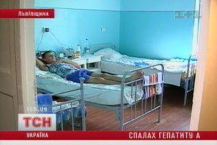 На Львовщине после наводнения - всплеск гепатита А