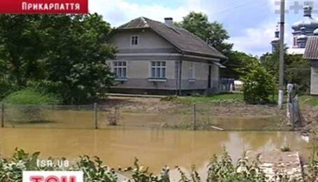 На Закарпатье снова объявили штормовое предупреждение