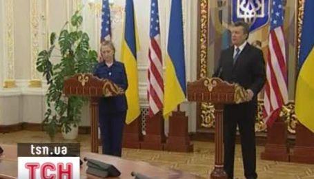 Янукович предложил России и ЕС построить новый газопровод через Украину