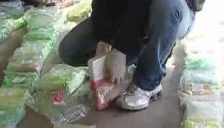 Аргентинские полицейские конфисковали 1,2 тонны кокаина