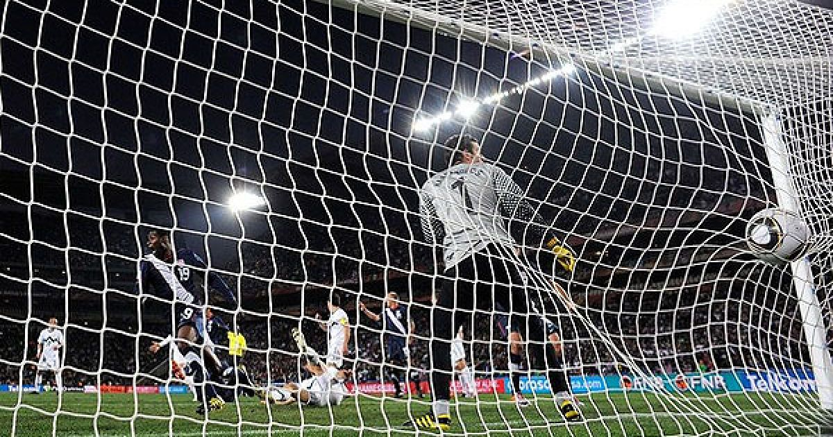 На 83-й хвилині американці забили третій абсолютно чистий гол, але малійський арбітр не зарахував взяття воріт, угледівши порушення правил з боку американців. @ Getty Images/Fotobank