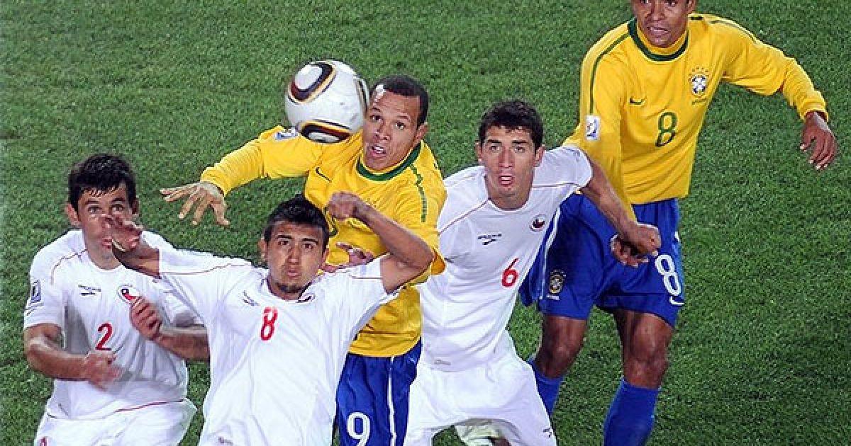 Збірна Бразилії вийшла у чвертьфінал Чемпіонату світу, розгромивши у першому раунді плей-офф команду Чилі з рахунком 3:0. @ Getty Images/Fotobank