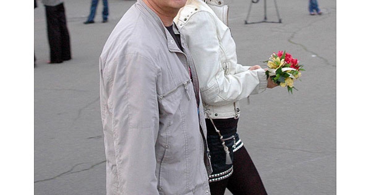 Продюсер Юрій Фальоса зі своєю дівчиною Олею. @ Євген Бурляй/ТСН.ua