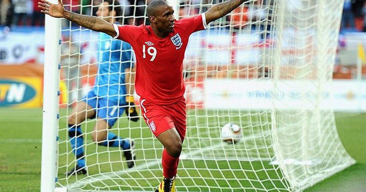 Гол Дефо став єдиним і переможним у матчі для англійців. @ AFP