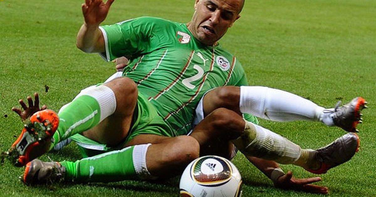 """""""Чотириногий"""" алжирський гравець Бугерра @ Getty Images/Fotobank"""