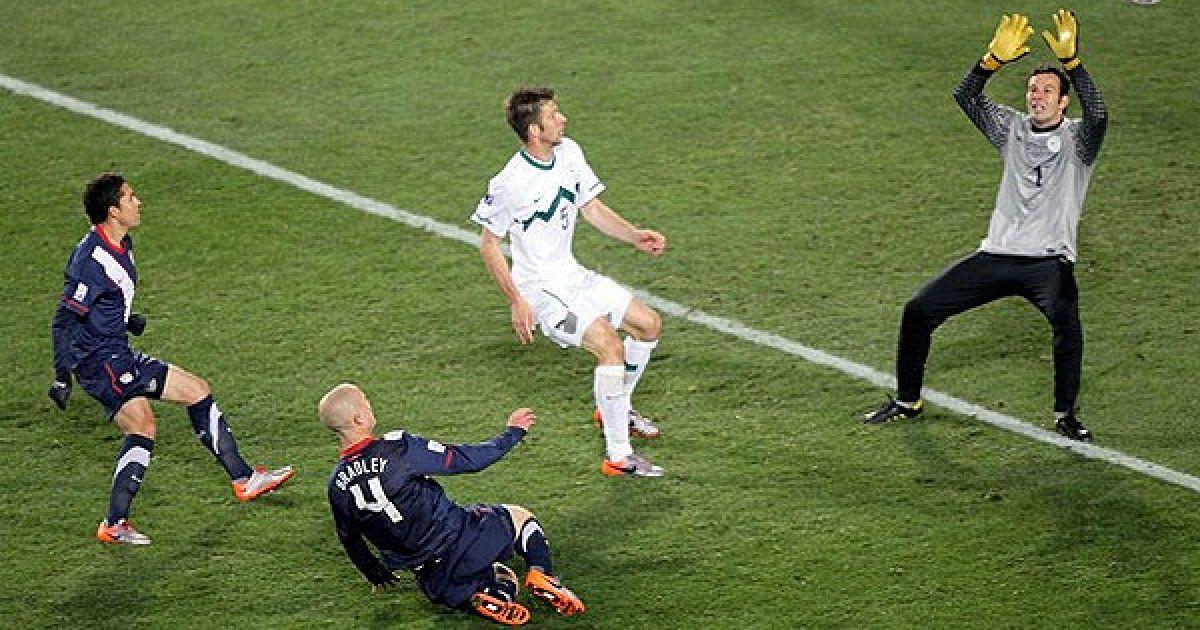 На 81-й хвилині син головного тренера американців Майкл Бредлі зрівняв рахунок - 2:2. @ AFP