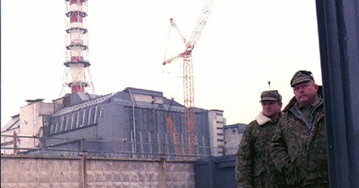 Незважаючи на суттєве обмеження щодо проживання у чорнобильській зоні відчуження, сотні евакуйованих у 1986 році місцевих жителів повернулись до своїх домівок. @ AFP