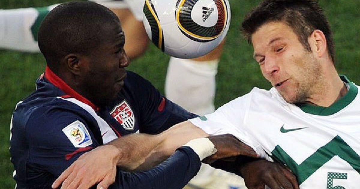 Алтідор, м'яч і Цесар @ Getty Images/Fotobank